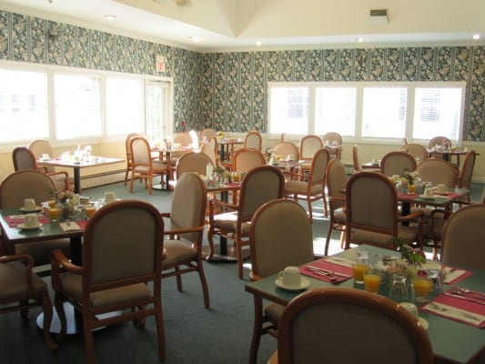 Dining room for Traditional Care residents